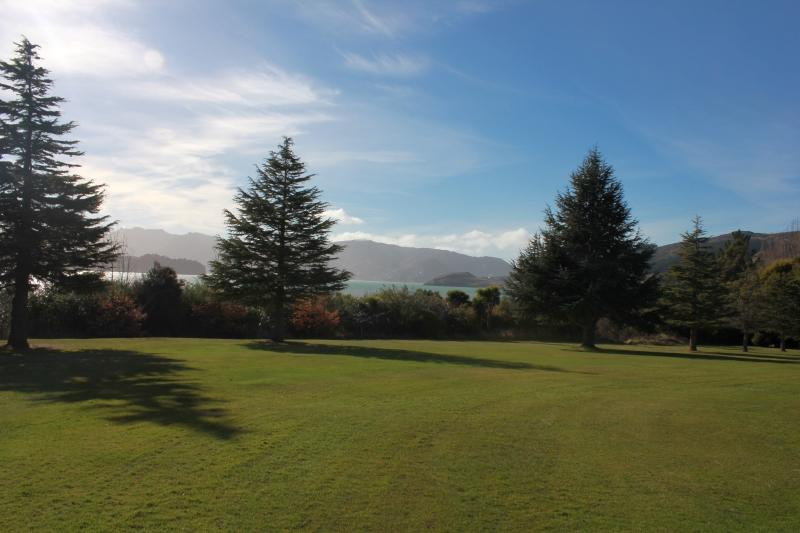 Charteris bay golf club canterbury golf for Landscape design courses christchurch